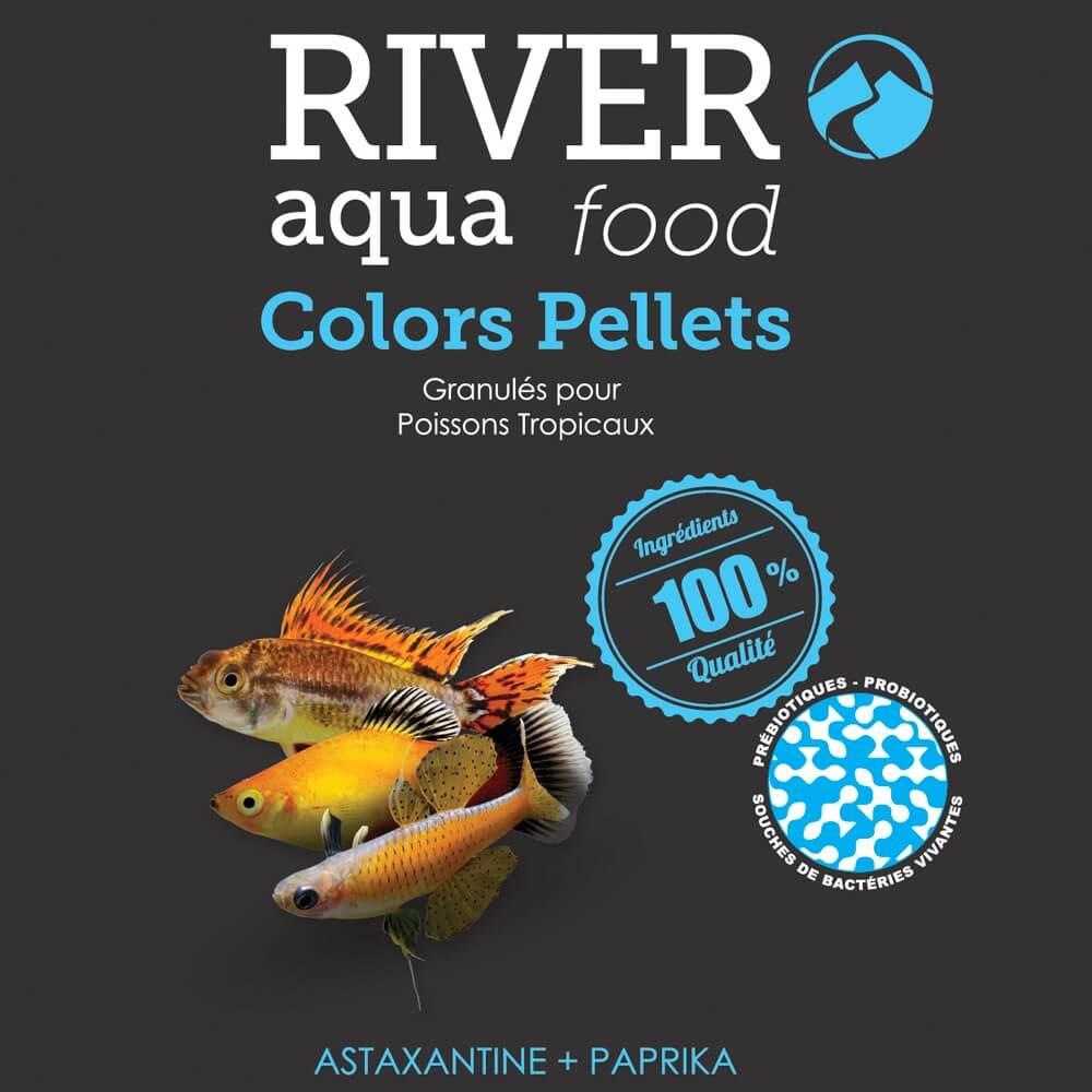 Aliment en granulés riche en astaxanthine et paprika pour réhausser les couleurs des poissons tropicaux.